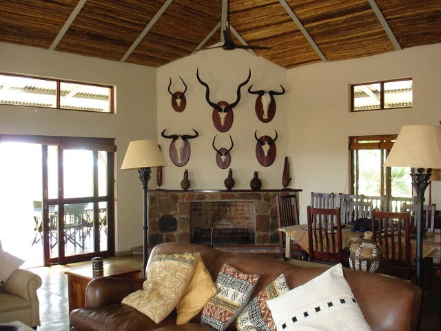Mazunga Safaris, Lamulas Lodge, Bubye Conservancy, Bubye Conservation