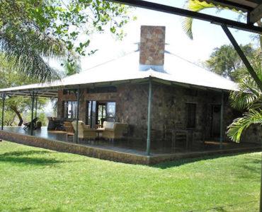 Mazunga Safaris, Lamulas Lodge, Bubye Conservancy, Bubye Conservation