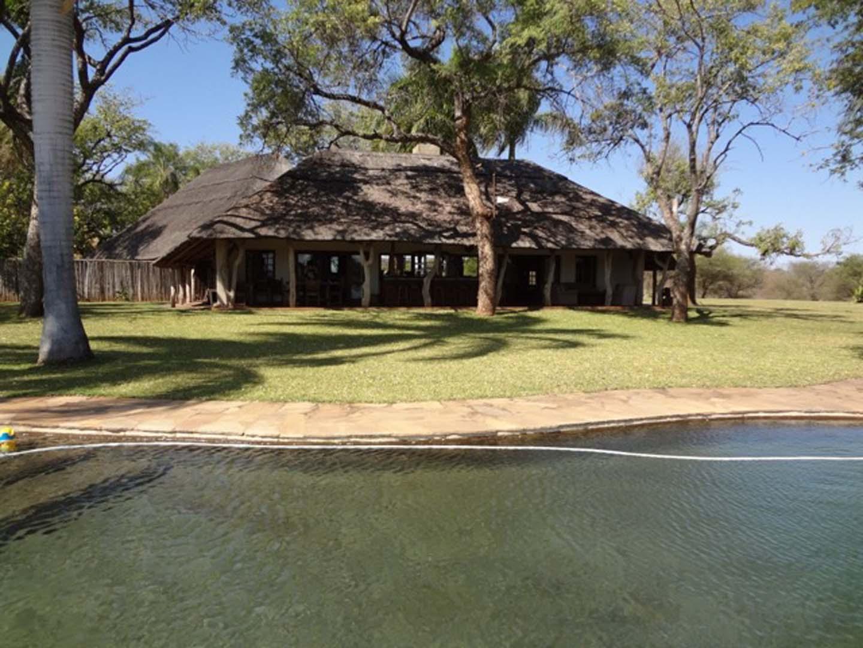 Mazunga Safaris